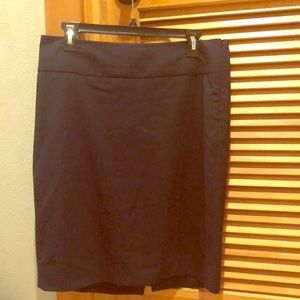 The limited navy skirt w back slit